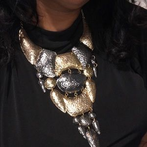 Statement necklace & earrings in hammered metal